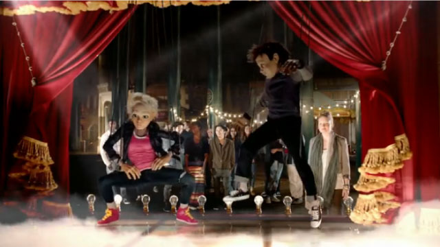 操り人形が超格好いいダンスを繰り広げる「au GALAXY Note 3」のCM-フルVerがあったよ