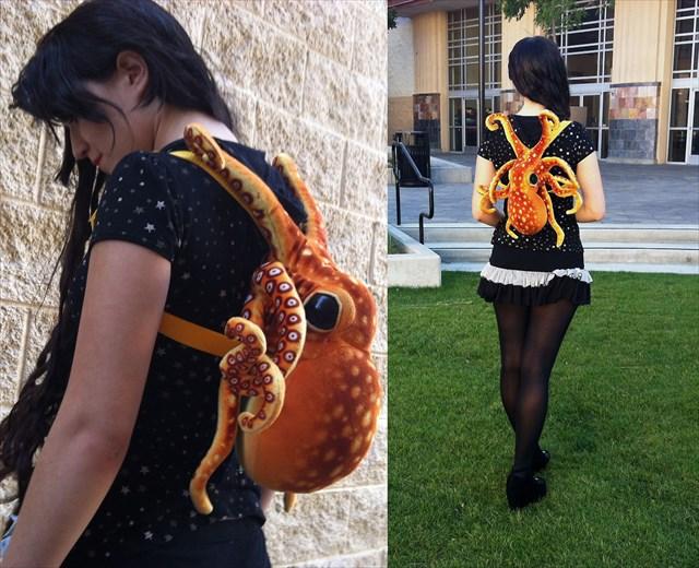 タコに絡みつかれているような鞄「Octopus Backpack」の存在感が半端ない!