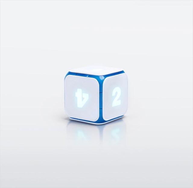 iPhoneやiPadのゲームと連動できる電子サイコロ「Dice+」
