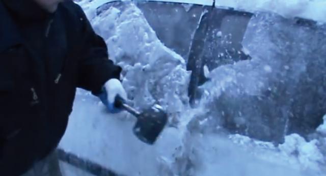 【動画】ワイルド過ぎると話題の「ポーランドスタイルの除雪」とは?